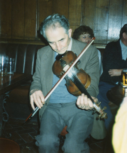 Paddy Molloy, fiddle / Tom Maree
