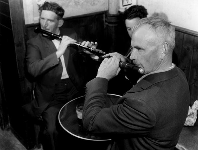Unidentified musicans at Fleadh Cheoil, Swinford, 1961 / Bord Fáilte