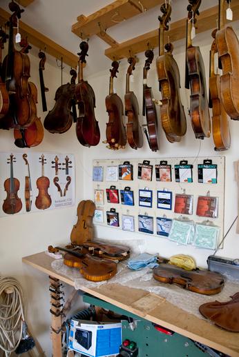 Fiddle maker Kuros Torkzadeh's workshop / Stephen Power