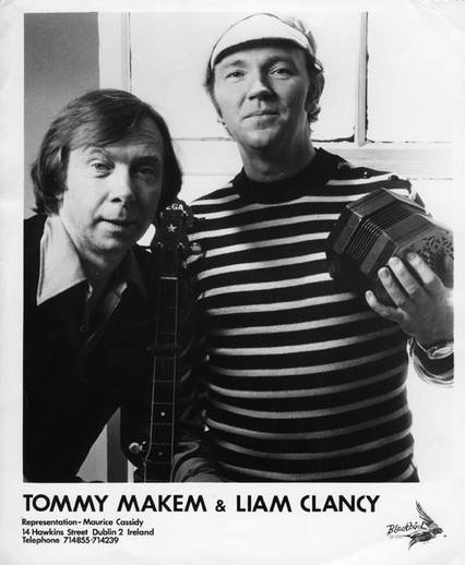Tommy Makem, singer, & others, 1980s / unidentified photographer