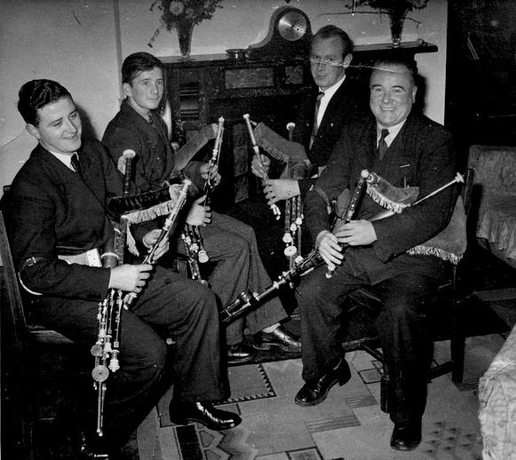Leo Rowsome Quartet [Seán Seery, Leon Rowsome, Willie Clancy, Leo Rowsome], 1950s