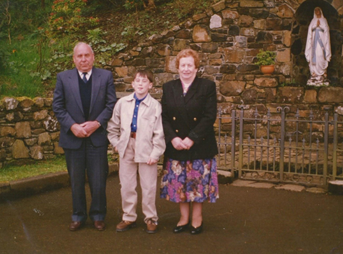 Robert Butcher junior with his wife and grandson / [unidentifed photographer]