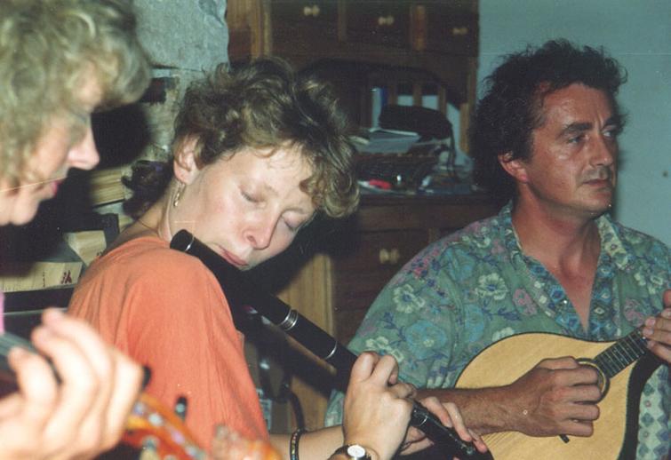 Tara Diamond, flute ; and others, Tocane 1992 / Mary Friel
