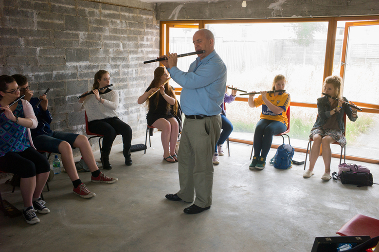 Marcas Ó Murchú with his flute students / Tony Kearns