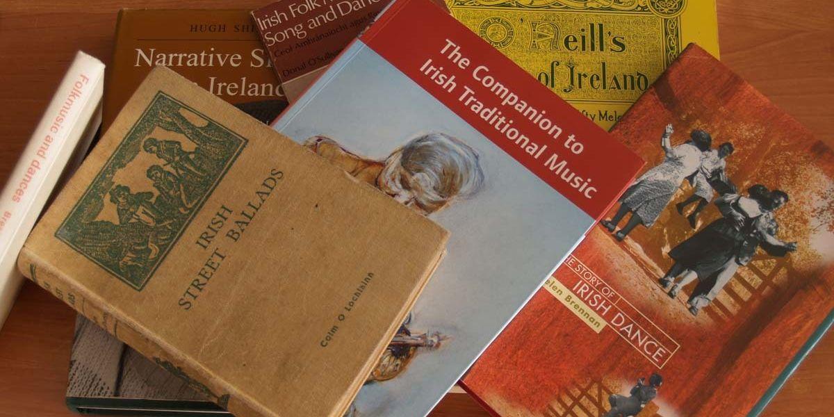 Books 1200X680