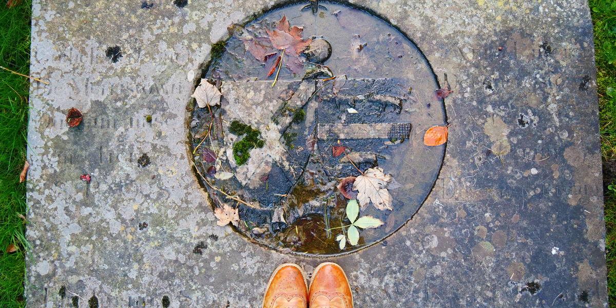 Eg Feet Tombstone