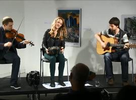 Videos of Caitlín Nic Gabhann & Caoimhín Ó Fearghail, with Ciarán Ó Maonaigh